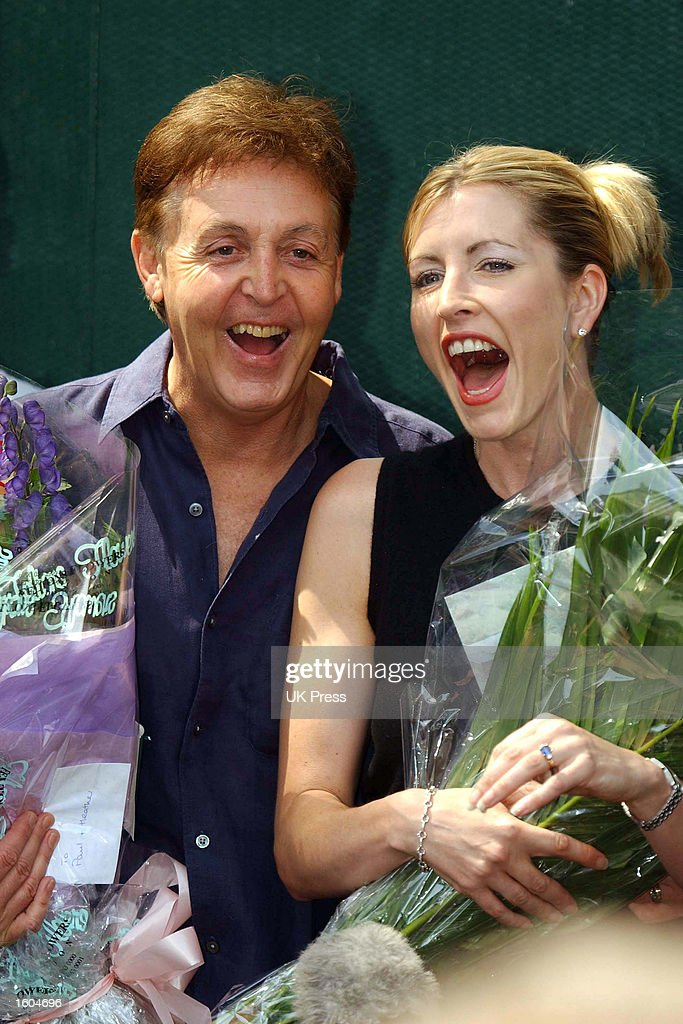 Singer Paul McCartney and Model Heather Mills announce their engagement July 27, 2001 in St John''s Wood, London.