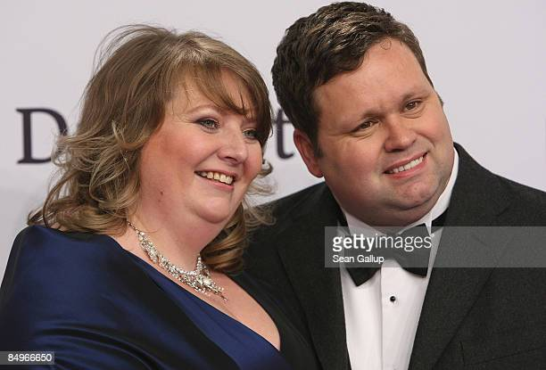 Singer Paul Potts and his wife JulieAnn attend the 2009 Echo Music Awards at the O2 Arena on February 21 2009 in Berlin Germany