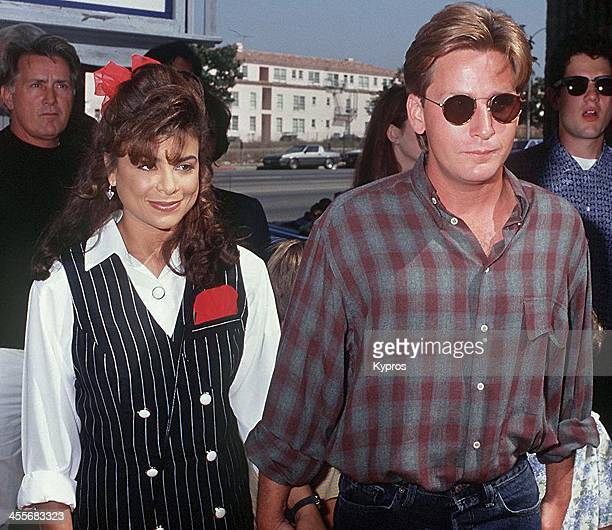 Singer Paula Abdul and her husband actor Emilio Estevez attend 'The Mighty Ducks' Westwood premiere on September 20th 1992 in Westwood California