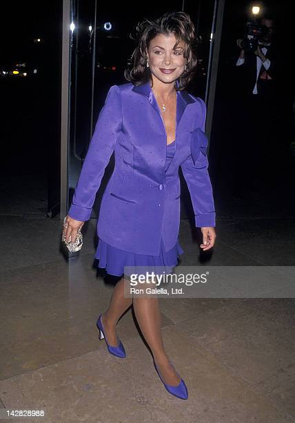Singer Paula Abdul attends the Michael Bolton Foundation and Barry Bonds Family Foundation's First Annual Field of Dreams Awards on November 6 1994...