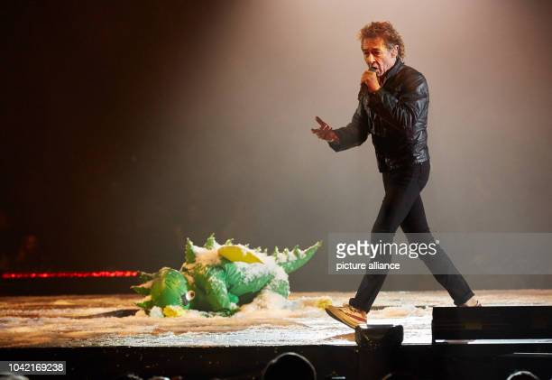 Singer Peter Maffay and actress Sophia Schoenert as Tabaluga on stage during the premiere of Peter Maffay's rock fairytale Tabaluga Es lebe die...