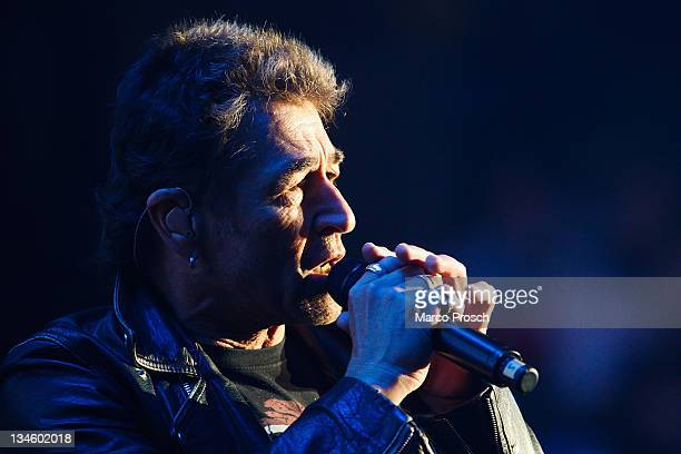 Singer Peter Maffay performs live during the 'Rock Gegen Rechts concert on December 2 2011 in Jena Germany The event is a reaction to the killings of...