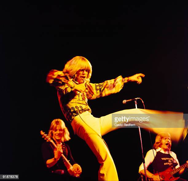 Singer Peter Noone performs on stage circa 1974