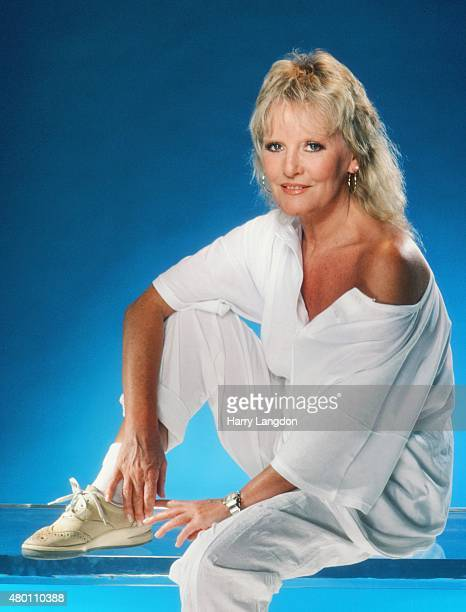 Singer Petula Clark poses for a portrait in 1986 in Los Angeles California