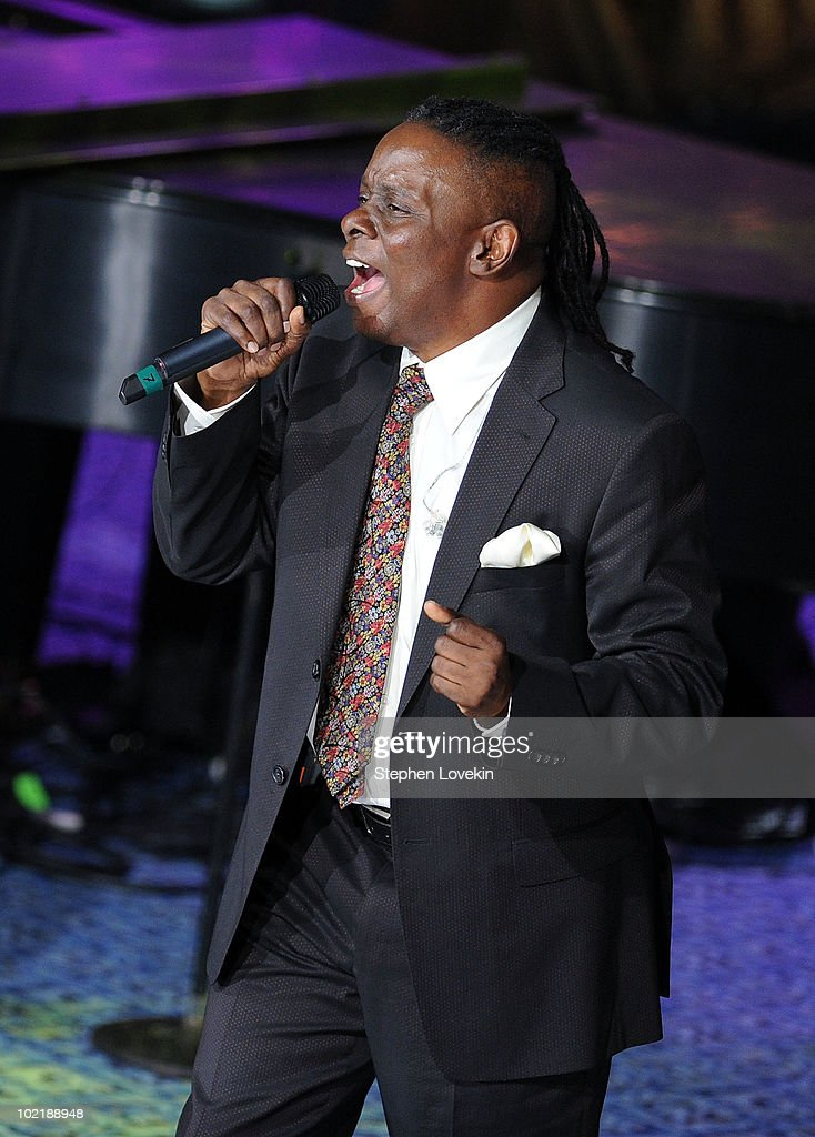 Singer Phillip Bailey of Earth, Wind, and Fire performs at the 41st annual Songwriters Hall of Fame at The New York Marriott Marquis on June 17, 2010 in New York City.