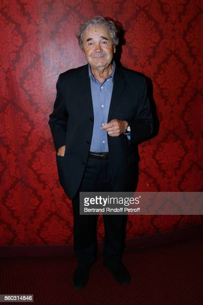 """Singer Pierre Perret attends the """"Novecento"""" Theater Play in support of APREC at Theatre Montparnasse on October 11, 2017 in Paris, France."""