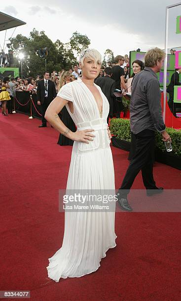 Singer Pink arrives at the 2008 ARIA Awards at Acer Arena Sydney Olympic Park on October 19 2008 in Sydney Australia The 21st annual awards recognise...