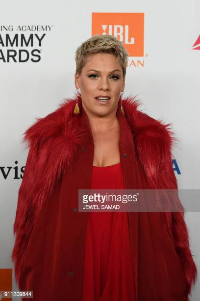Singer Pink arrives for the traditionnal Clive Davis party on the eve of the 60th Annual Grammy Awards on January 28 in New York / AFP PHOTO / Jewel...