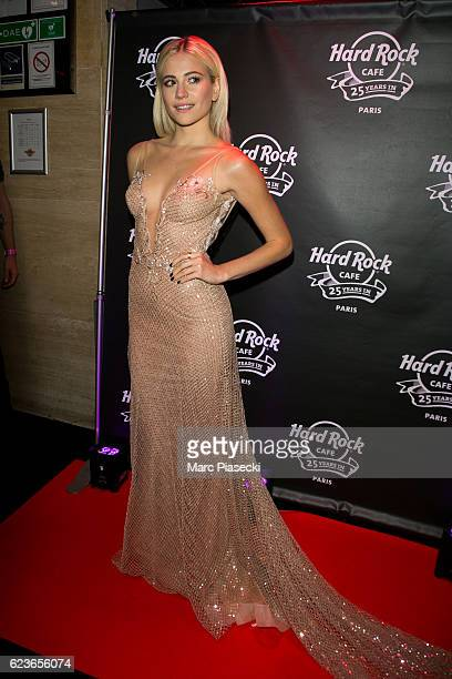 Singer Pixie Lott attends 'Hard Rock Cafe Paris' 25th anniversary at Hard Rock Cafe on November 16 2016 in Paris France