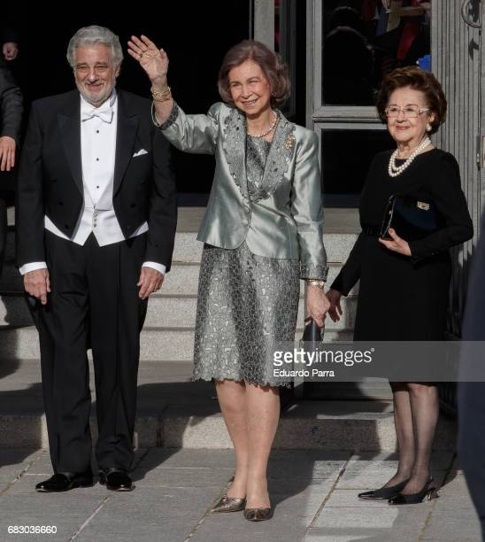 Singer Placido Domingo Queen Sofia of Spain and Marta Domingo attends a Placido Domingo's concert at Royal Theatre on May 14 2017 in Madrid Spain