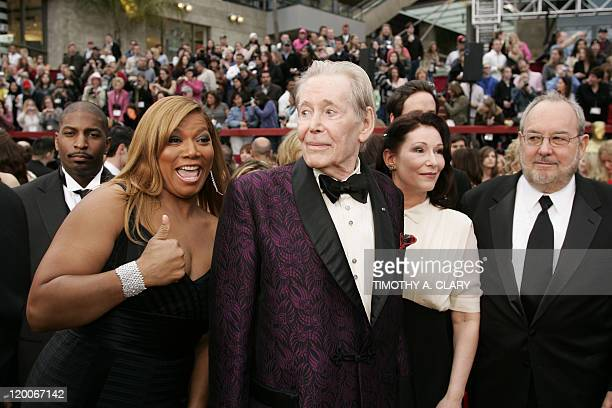 Singer Queen Latifah actor Peter O'Toole and his daughter Kate O'Toole arrive at the 79th Academy Awards in Hollywood California 25 February 2007 AFP...