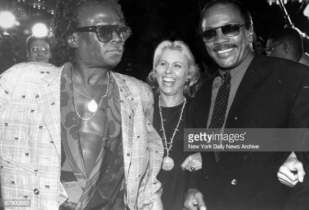 Singer Quincy Jones with Miles Davis and Courtney Sale Ross