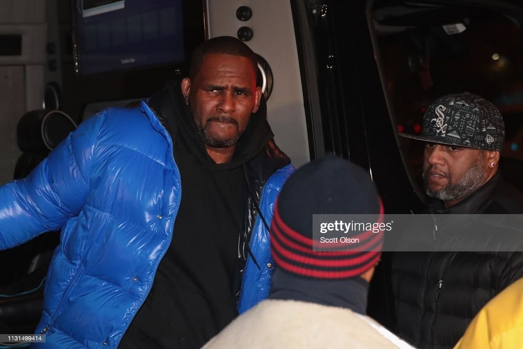 R. Kelly Charged With Multiple Counts Of Aggravated Criminal Sexual Abuse : News Photo