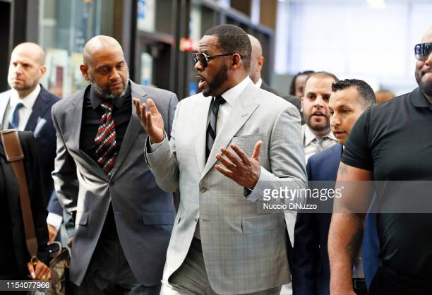 Singer R Kelly arrives at the Leighton Criminal Courthouse on June 06 2019 in Chicago Illinois The singer appeared in court to face new charges of...