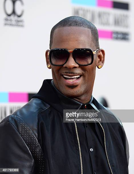 Singer R Kelly attends 2013 American Music Awards at Nokia Theatre LA Live on November 24 2013 in Los Angeles California