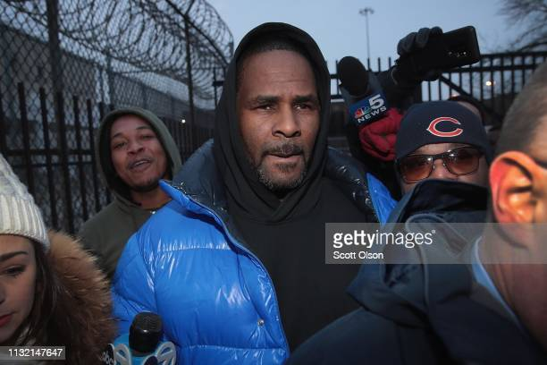 B singer R Kelly leaves the Cook County jail after posting $100 thousand bond on February 25 2019 in Chicago Illinois Kelly was being held after...