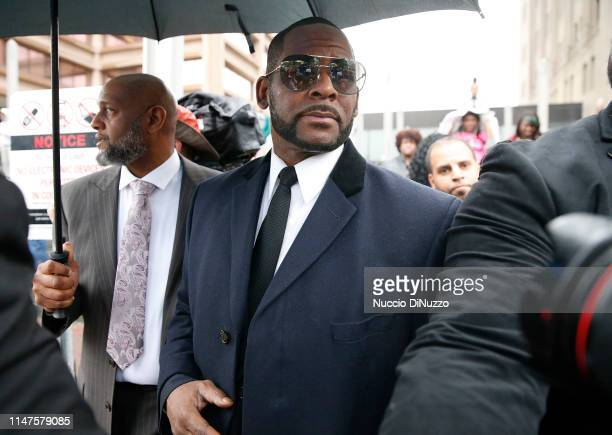 Singer R Kelly leaves the Leighton Courthouse following his status hearing in relation to the sex abuse allegations made against him on May 07 2019...
