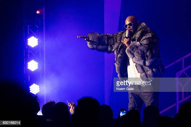 Singer R Kelly performs in concert during the '12 Nights Of Christmas' tour at Kings Theatre on December 17 2016 in the Brooklyn borough New York City