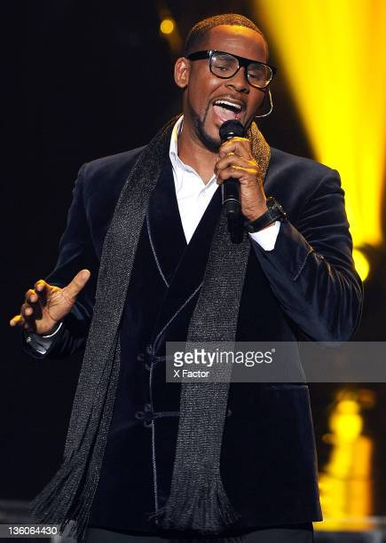 Singer R Kelly performs onstage at FOX's 'The X Factor' Top 3 Live Performance Show on December 21 2011 in Hollywood California THE X FACTOR Finale...