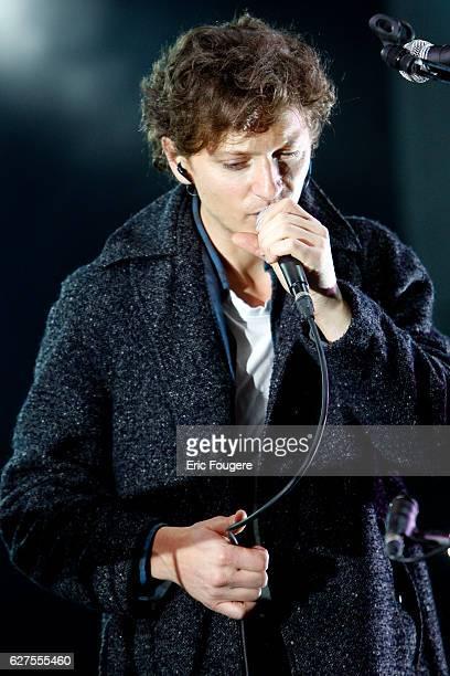 """Singer Raphael at festival """"les Musik'elles """" in Meaux"""