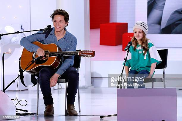 Singer Raphael presents his Album 'Somnambules' and performs with Sienna BallWilscam during the 'Vivement Dimanche' French TV Show at Pavillon...