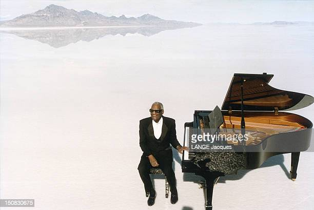 Singer Ray Charles turns a commercial for the Cabriolet 306 of Peugeot in Salt lake in Utah on March 1994