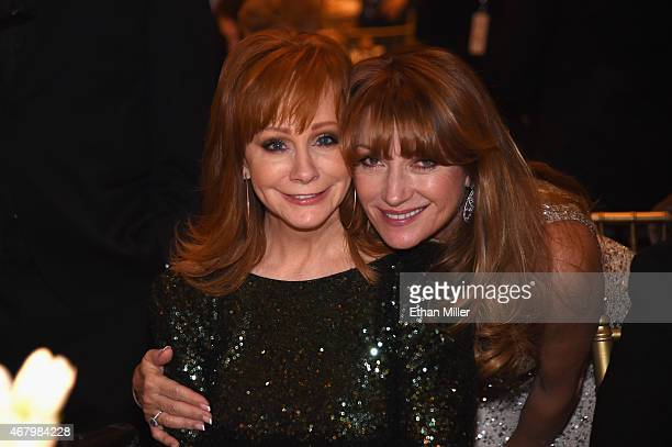 Singer Reba McEntire and actress Jane Seymour attend Muhammad Ali's Celebrity Fight Night XXI at the JW Marriott Phoenix Desert Ridge Resort Spa on...