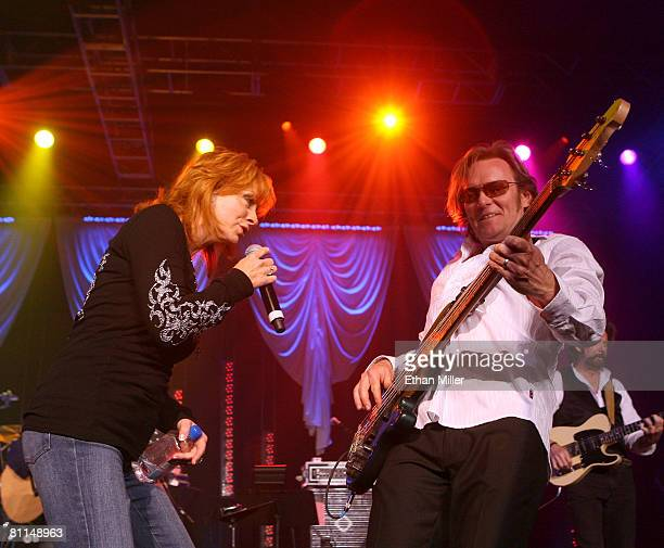 ACCESS*** Singer Reba McEntire and musician Terry McBride perform during the 43rd annual Academy Of Country Music Awards AllStar Jam held at the MGM...