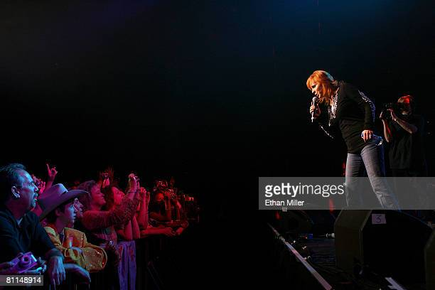 ACCESS*** Singer Reba McEntire performs during the 43rd annual Academy Of Country Music Awards AllStar Jam held at the MGM Grand Hotel/Casino on May...