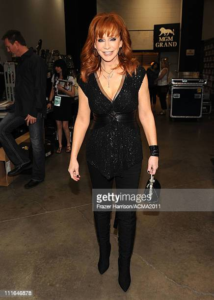 Singer Reba McEntire poses backstage during ACM Presents Girls' Night Out Superstar Women of Country concert held at the MGM Grand Garden Arena on...