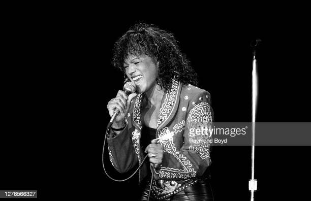 Singer Rebbie Jackson performs at the Park West in Chicago, Illinois in February 1988.