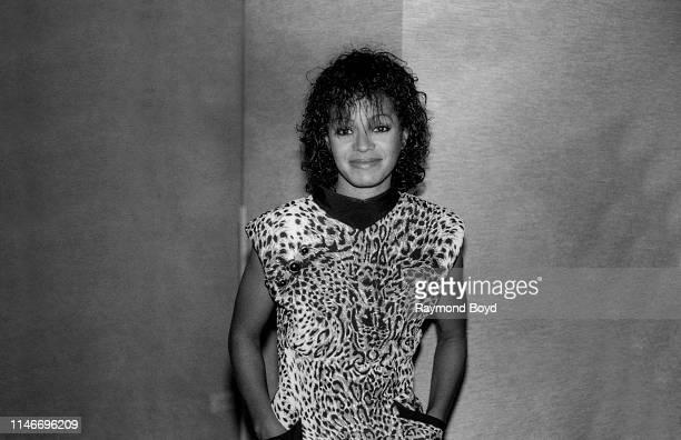 Singer Rebbie Jackson poses for photos at the Hyatt Regency Hotel in Chicago, Illinois in August 1987.