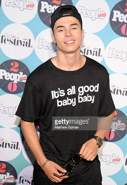 Singer Reykon attends the 5th Annual Festival PEOPLE En Espanol Day 2 at the Jacob Javitz Center on October 16 2016 in New York City