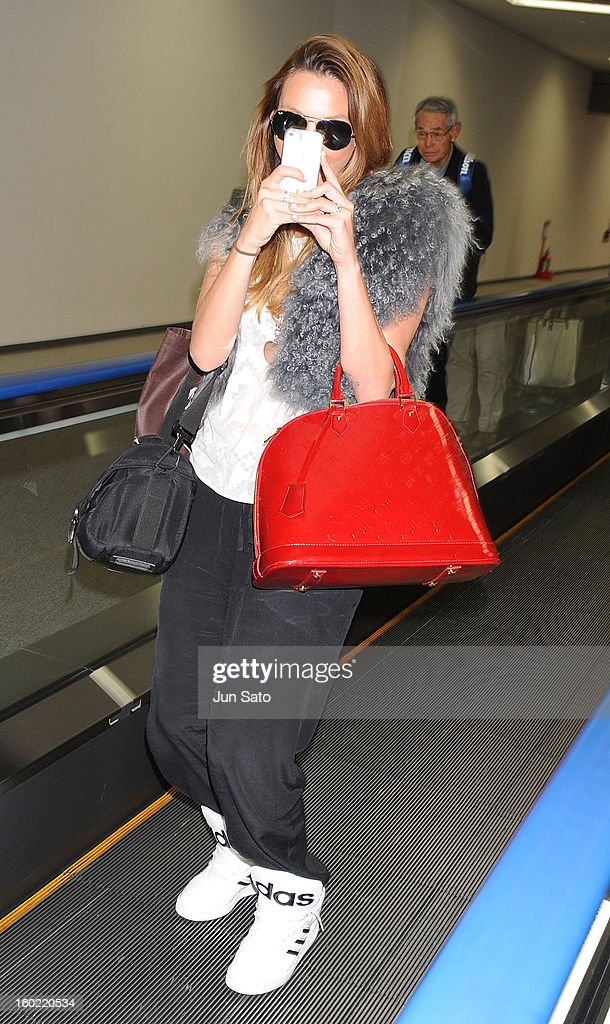 Singer Ricki-Lee Coulter is seen upon arrival at Narita International Airport on January 28, 2013 in Narita, Japan.