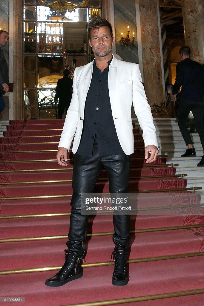 Balmain : Front Row  - Paris Fashion Week - Menswear Spring/Summer 2017