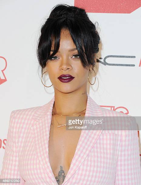 """Singer Rihanna arrives at MAC Cosmetics And The MAC AIDS Fund Present """"It's Not Over"""" Premiere at Quixote Studios on November 18, 2014 in Los..."""