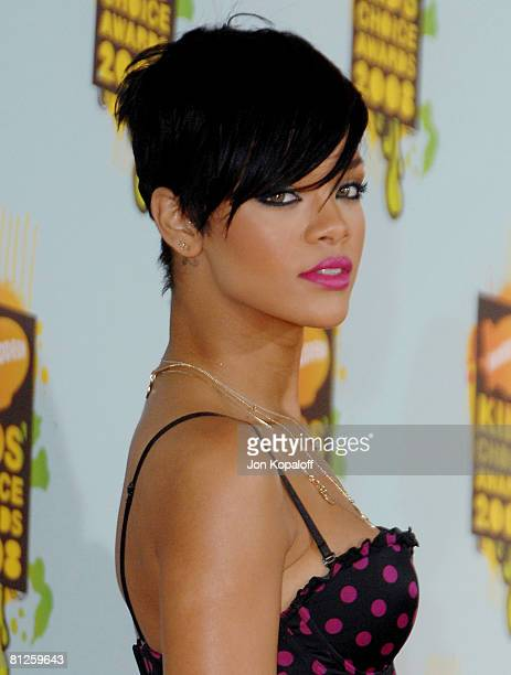 Singer Rihanna arrives at Nickelodeon's 2008 Kids' Choice Awards at the Pauley Pavilion on March 29 2008 in Los Angeles California