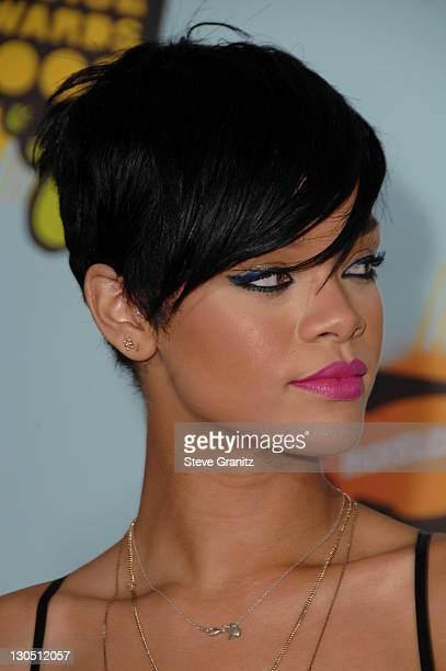 Singer Rihanna arrives at Nickelodeon's 2008 Kids' Choice Awards held at the Pauley Pavilion on March 29 2008 in Westwood California