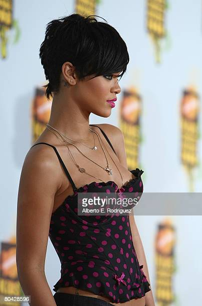 Singer Rihanna arrives at Nickelodeon's 2008 Kids' Choice Awards held at UCLA's Pauley Pavilion on March 29 2008 in Westwood California