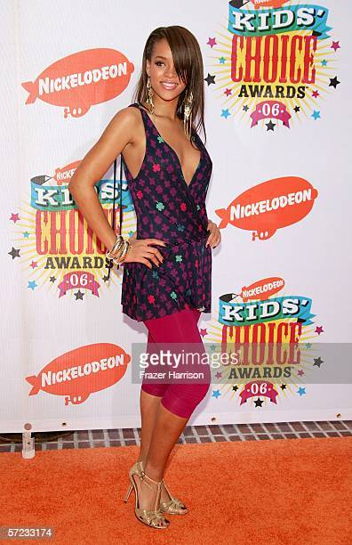 Singer Rihanna arrives at the 19th Annual Kid's Choice Awards held at UCLA's Pauley Pavilion on April 1 2006 in Westwood California