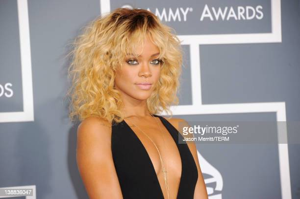 Singer Rihanna arrives at the 54th Annual GRAMMY Awards held at Staples Center on February 12, 2012 in Los Angeles, California.