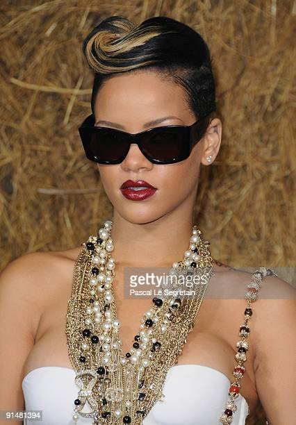 Singer Rihanna arrives to attend the Chanel Pret a Porter show as part of the Paris Womenswear Fashion Week Spring/Summer 2010 at Grand Palais on...