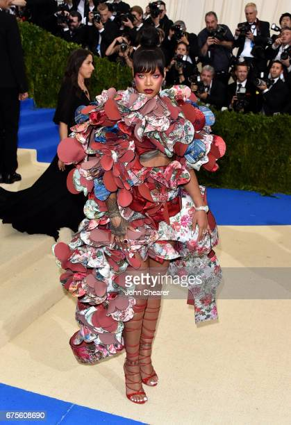 Singer Rihanna attends 'Rei Kawakubo/Comme des Garcons Art Of The InBetween' Costume Institute Gala at Metropolitan Museum of Art on May 1 2017 in...