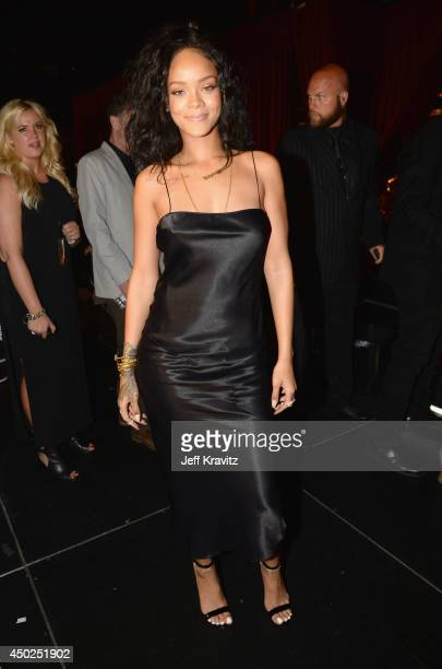 """Singer Rihanna attends Spike TV's """"Guys Choice 2014"""" at Sony Pictures Studios on June 7, 2014 in Culver City, California."""