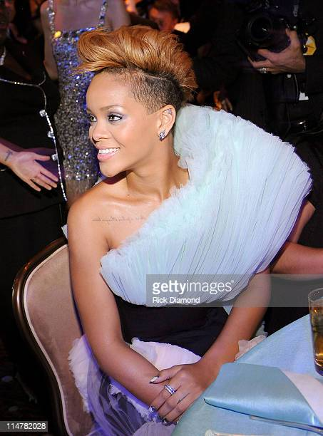 Singer Rihanna attends the 52nd Annual GRAMMY Awards Salute To Icons Honoring Doug Morris held at The Beverly Hilton Hotel on January 30 2010 in...