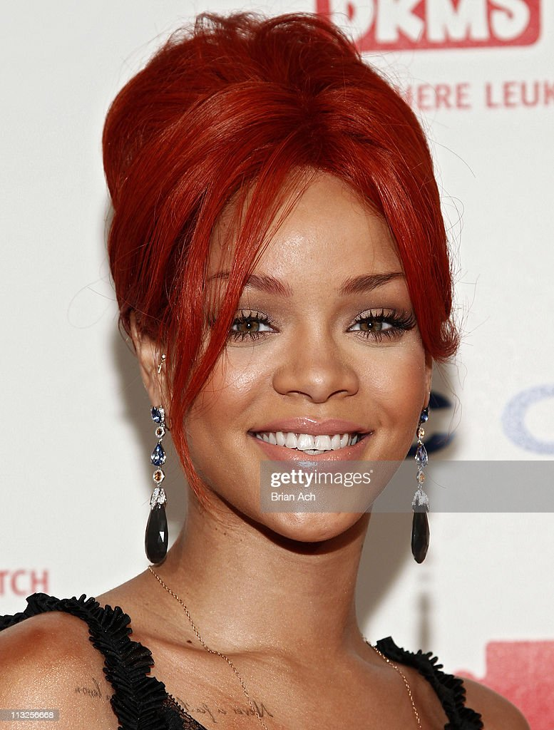 Singer Rihanna attends the 5th annual DKMS Gala at Cipriani Wall Street on April 28, 2011 in New York City.