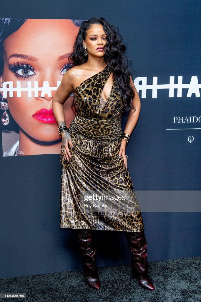 Rihanna Launch Event : News Photo
