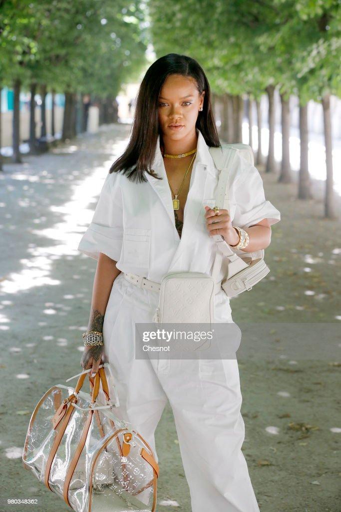 Louis Vuitton : Runway - Paris Fashion Week - Menswear Spring/Summer 2019 : News Photo