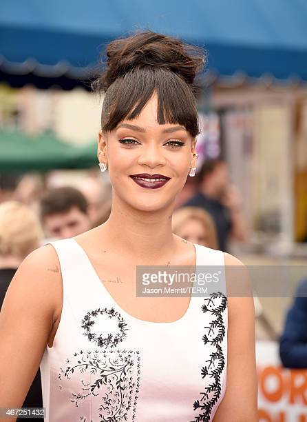Singer Rihanna attends the premiere of Twentieth Century Fox And Dreamworks Animation's HOME at Regency Village Theatre on March 22 2015 in Westwood...