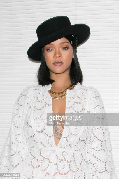 Singer Rihanna attends the 'Young Fashion Designer' LVMH Prize 2017 edition at Fondation Louis Vuitton on June 16 2017 in Paris France